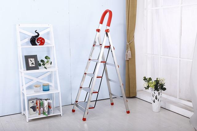 Cómo elegir una escalera de uso doméstico