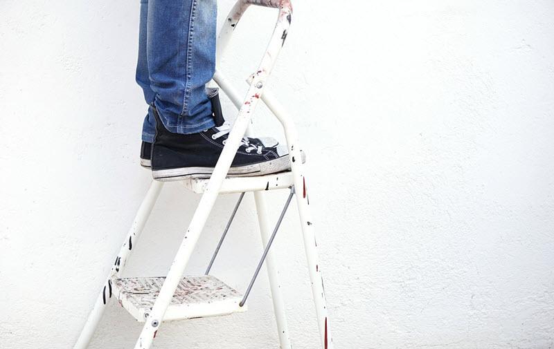 Usar de forma segura una escalera