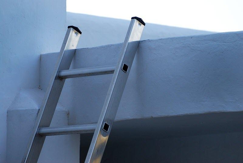 10 tips para usar de forma segura una escalera