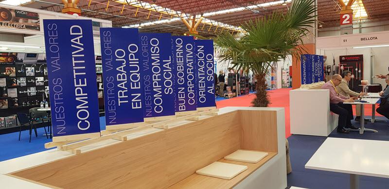 II Feria de Negocios Coferdroza3