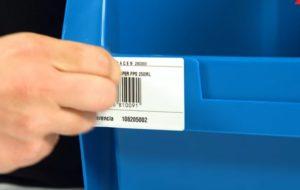 Quitar el pegamento de las etiquetas